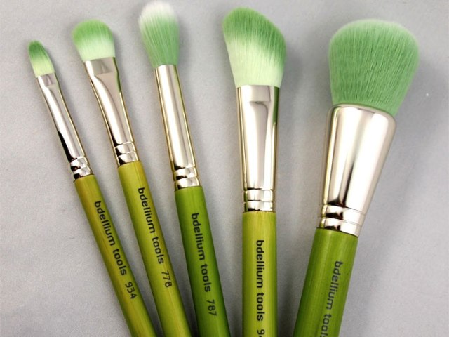 vegan-makeup-brushes-bdellium-tools